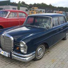 Senoviniai automobiliai: kadaise buvę prestižiniai, dabar vėl geidžiami