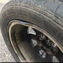 Pavojus vairuotojams: Varpo gatvėje atsivėrė duobė