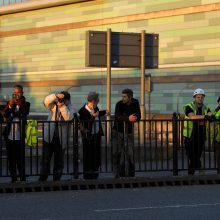 Aukų skaičius auga: per Londono gaisrą veikiausiai žuvo 58 žmonės
