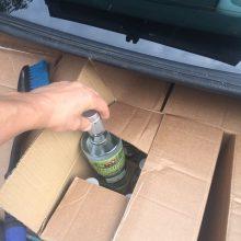 Jonaviečiai iš Latvijos vežė, įtariama, falsifikuoto alkoholio krovinį