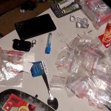 Policija sulaikė amfetamino platinimu įtariamą kaunietį <span style=color:red;>(vaizdo įrašas)</span>