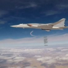 NATO naikintuvams teko lydėti ir rusų bombonešį