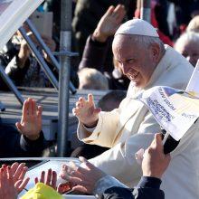 Popiežius vyksta į Latviją susitikti su skirtingų atšakų krikščionimis