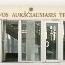 Prie kolegės LAT priekabiavusiam S. Jankauskui grėsė griežtas papeikimas