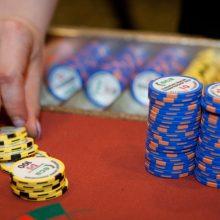Vyriausybė nenori riboti azartinių lošimų reklamos