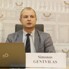 S. Gentvilas siūlo nebenaudoti nė lašo naftos ir dujų produktų