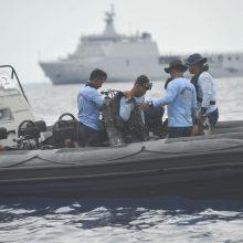 """Javos jūroje rastos sudužusio """"Lion Air"""" lėktuvo nuolaužos"""
