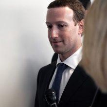 Stodamas prieš JAV Kongresą, M. Zuckerbergas žada pripažinti savo kaltę