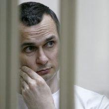 Rusijoje kalinamas O. Sencovas sako bado streiko nenutrauksiantis