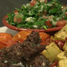 Rytietiški pietūs: kofta jautiena su tabulės salotomis