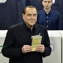 S. Berlusconi palaiko kraštutinių dešiniųjų lyderio kandidatūrą į premjero postą