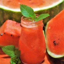 Penkios idėjos vasaros desertams: ingredientas – arbūzas