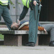 Medikai ir policija: alkoholio kontrolės pataisos žymių pokyčių kol kas nesukėlė