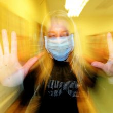 Rado būdą apsisaugoti nuo gripo: siūlo ultravioletinių spindulių lempą