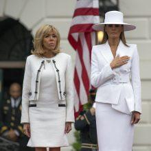 Prancūzijos ir JAV pirmosios ponios atrado šį tą bendro