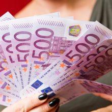 Vyriausybė: konkursuose pranašumą turės didesnius atlyginimus mokančios įmonės