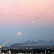 """""""Hamas"""" grasina suintensyvinti Izraelio apšaudymą raketomis"""