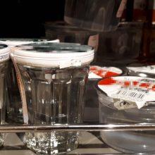 Prekyboje nebeliks į puodelius išpilstyto alkoholio?