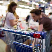 Joninių naktį lietuviai skubėjo į parduotuves – ieškojo kuo atsigaivinti