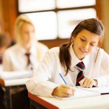 Svarstoma, kurie egzaminai nuo 2020-ųjų galėtų būti rašomi kompiuteriu