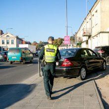 Policijos reidas Kaune: jei stabdytų visus pažeidėjus, nespėtų rašyti baudų