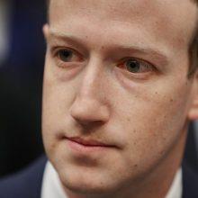"""Pasaulio milijardierių reitingas: """"Facebook"""" įkūrėjas pakilo į viršų"""