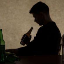 Alkoholiu apsinuodijusiam 15-mečiui nustatytas 2,8 prom. girtumas