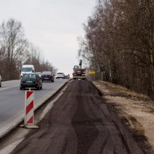 Svarbu vairuotojams: draudžiamas eismas Ateities plento viaduku