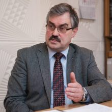 """Naujųjų autobusų pirkimo skandalas: """"Kauno autobusų"""" vadovas atsistatydina"""