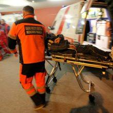 Kauno ligoninėje – kirviu sužalotas vyras