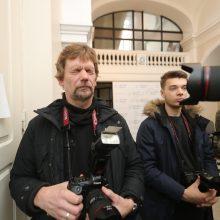 Zelandų pora iš Lietuvos išvyko be devynmetės: teismas mergaitės įvaikinti neleido