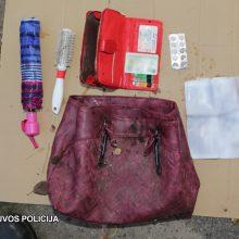 Panevėžyje sulaikyti moteris apiplėšinėję jaunuoliai: du iš jų – nepilnamečiai