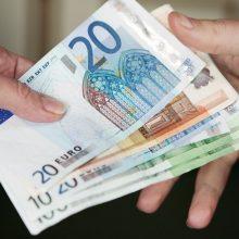 Pinigai: net ir mokant privalomą sveikatos draudimo mokestį, vizitas pas gydytojus vis tiek gali kainuoti nemenką sumą.