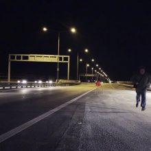 Į Jakų žiedinę sankryžą įlėkė girtas BMW vairuotojas
