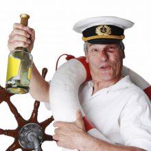 Girtuokliavimas jūroje – nevaldoma problema?