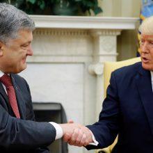 JAV svarsto tiekti ginklus Ukrainai, kad padidintų spaudimą Rusijai