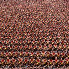 Indonezijoje šoko ir dainavo per 10 tūkst. vyrų