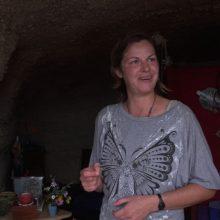 Lietuvė Tenerifėje gyvena oloje: gauna pašalpą ir maistą dalijasi su pelėmis