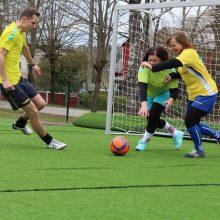 Futbolo šventėje – skirtingų profesijų atstovai