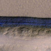Marse aptikta didelių požeminių ledo telkinių
