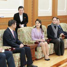 Šiaurės Korėjos lyderio žmonai – pirmosios ponios titulas