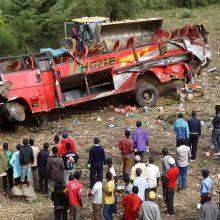 Kenijoje per autobuso avariją žuvo 51 žmogus