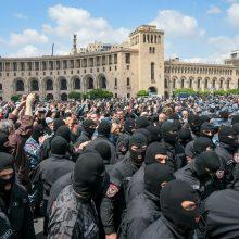 Jerevane sulaikyta beveik 300 demonstrantų