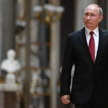 V. Putinas giria D. Trumpą kaip atvirą politiką su šviežiu požiūriu