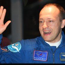 Rusų kosmonautai pakeitė Tarptautinės kosminės stoties anteną
