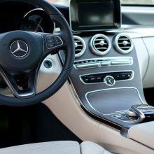 Šiemet tikimasi naujų automobilių rinkos augimo