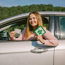 """""""Regitra"""": pradedančiųjų vairuotojų pažymėjimai galios ilgiau"""