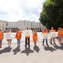 Profsąjunga prašė prezidentės vetuoti mokesčių reformą