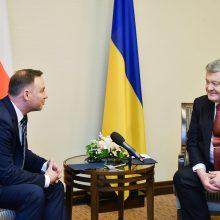 Ukrainos ir Lenkijos prezidentai stengsis išspręsti karo laikų ginčą