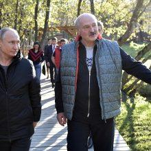 Baltarusijoje viešintis V. Putinas apsilankė prezidento A. Lukašenkos tėviškėje